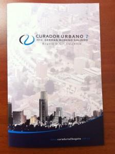 Carpeta institucional entregada a la curaduria 2 Bogotá, para clientes.